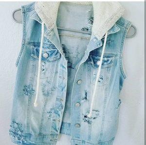 Jackets & Blazers - Destroyed denim vest